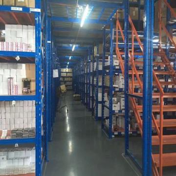 Industrial Light Duty Racking Metal Shelving
